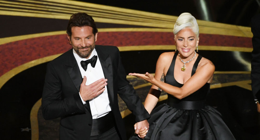 Bradley Cooper a Lady Gaga na Oscaru