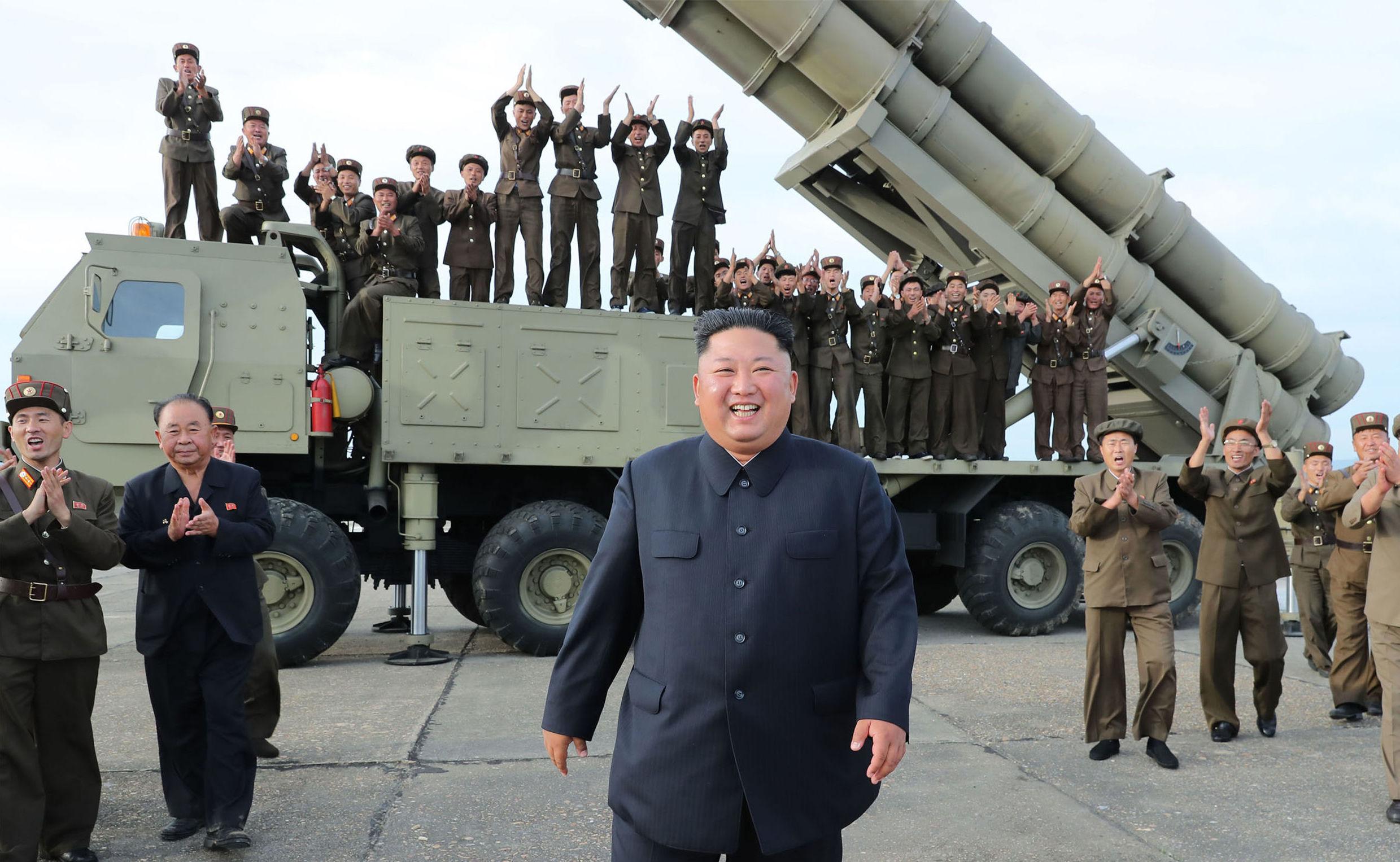 Kim Čong-un po testu nového raketometu