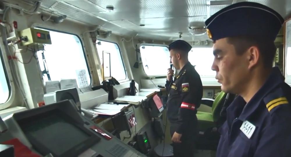 Video: Ruská ponorka Kolpino vypálila rakety Kalibr z Černého moře. Záběry přímo z paluby