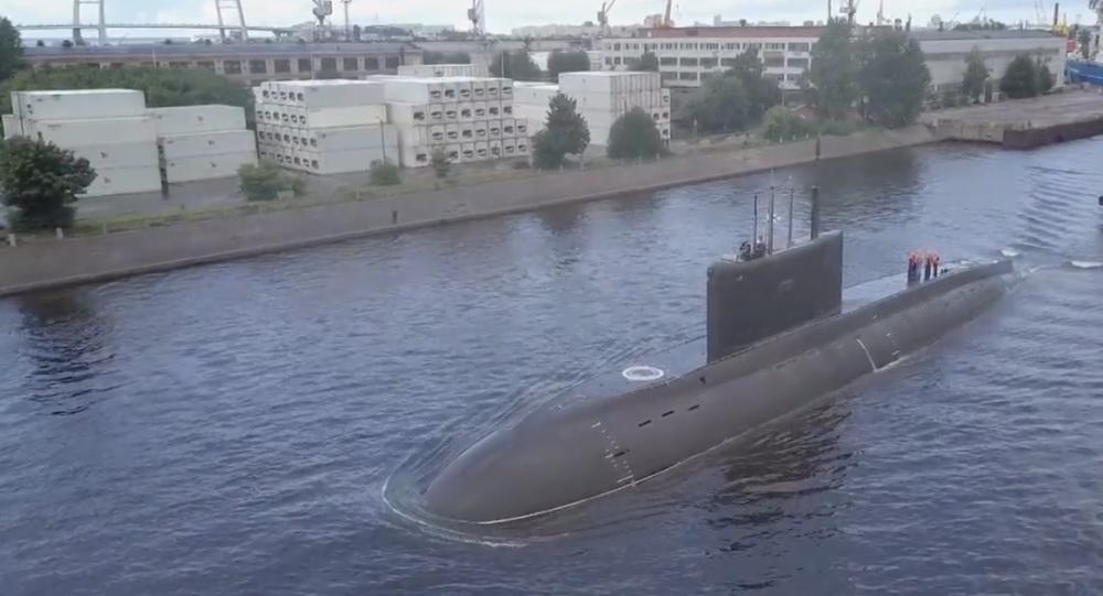 Video: První exkluzivní záběry nejnovější ponorky ruského námořnictva několik dnů před oficiálním zahájením