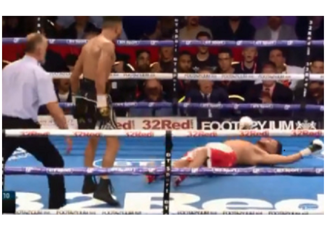 Floutek v boxu. Boj o titul WBO (VIDEO)
