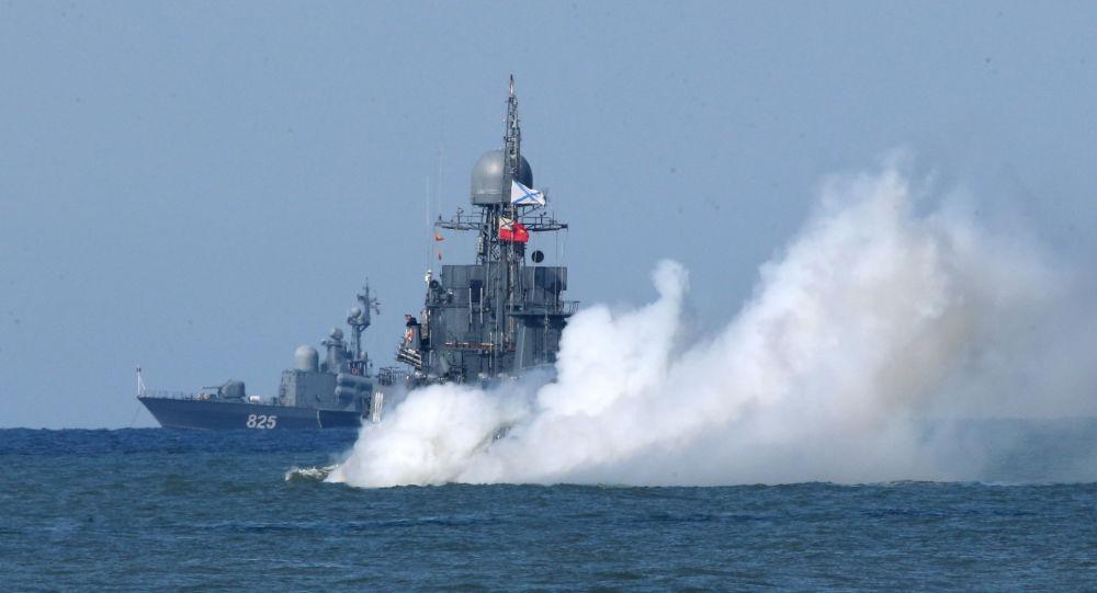 Lodě ruské Baltské flotily během cvičení Západ 2017. Ilustrační foto
