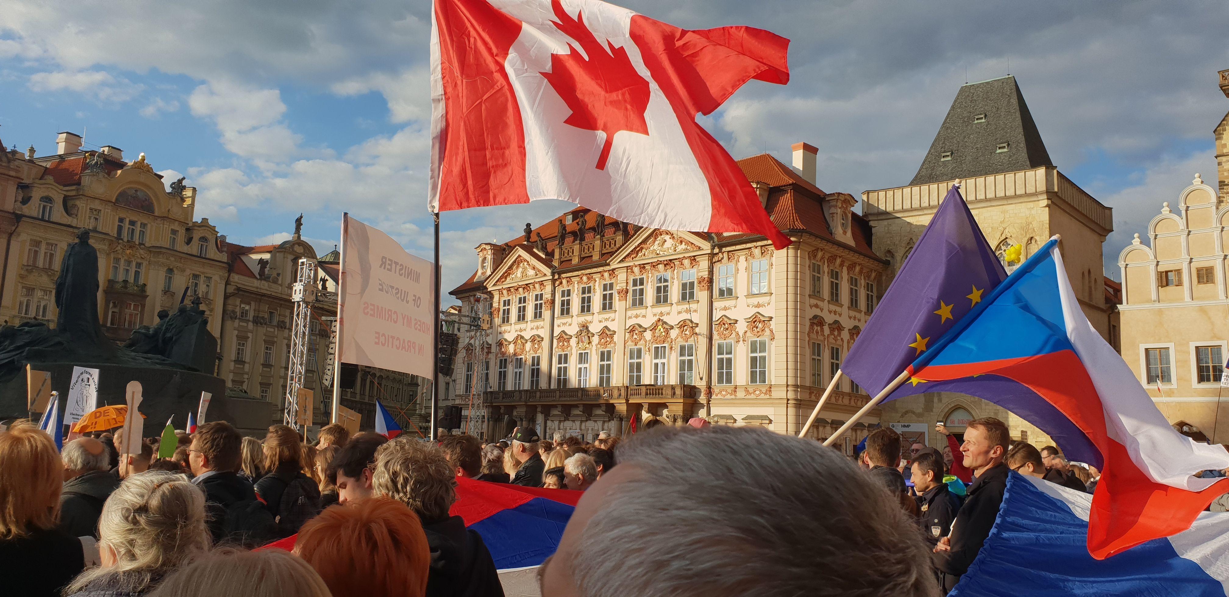 Demonstrace proti Marii Benešové, 13. května, Praha