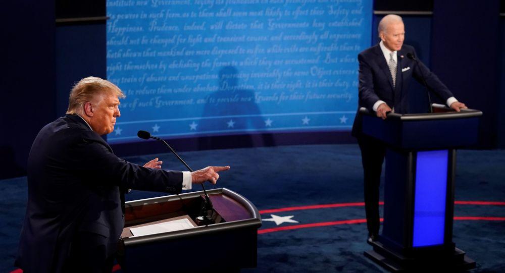 """""""Větší drama, než se dalo očekávat."""" Velvyslanec v USA Kmoníček řekl, jak by Trump mohl přijít o vítězství až po volbách"""