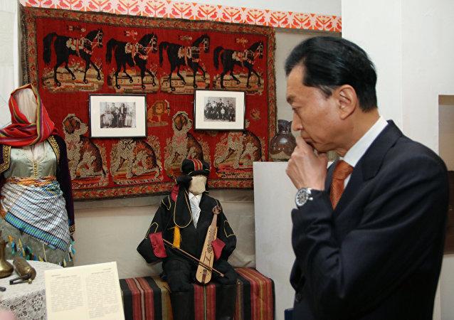 Bývalý japonský premiér Yukio Hatoyama navštívil Krym