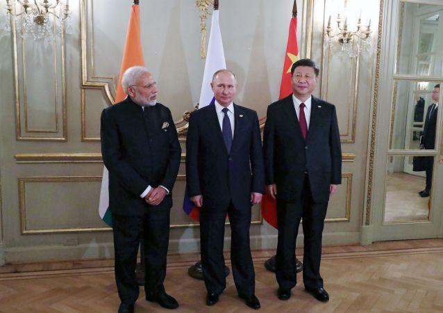 Naréndra Módí, Vladimir Putin, Si Ťin-pching