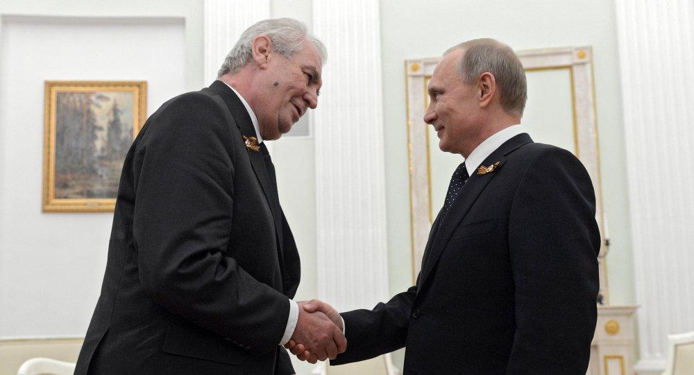 Miloš Zeman a Vladimir Putin. Ilustrační foto