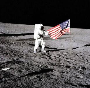 """""""Byli bychom již i na Marsu."""" Šéf NASA vysvětlil, proč se USA nevrátily na Měsíc"""