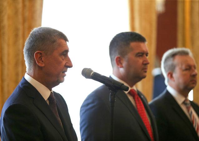 Premiér Andrej Babiš a předseda ČSSD Jan Hamáček