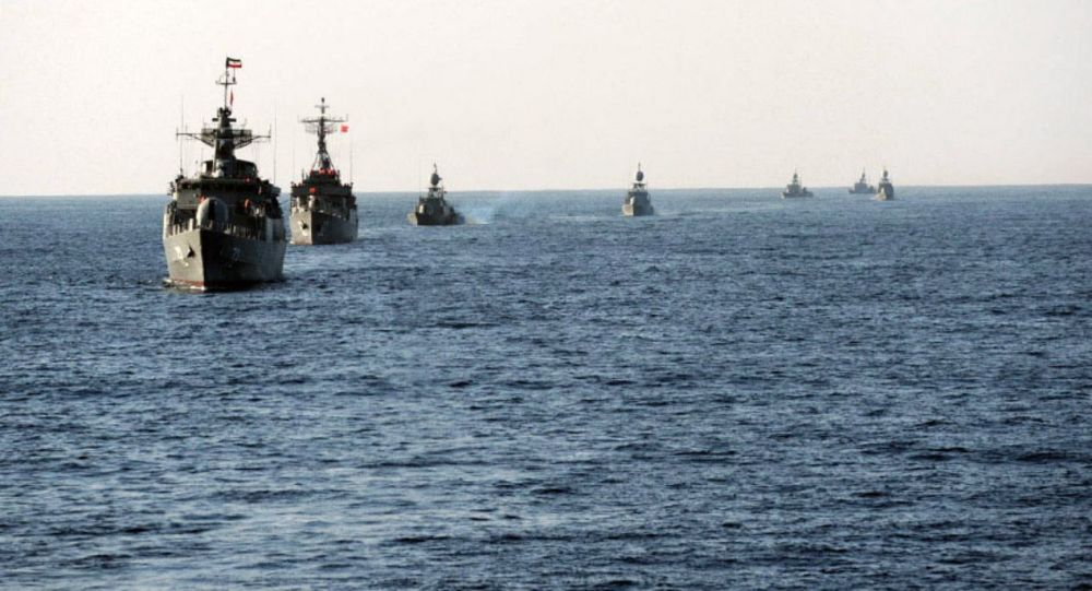 Cvičení íránského námořnictva Velayat-90. Ilustrační foto