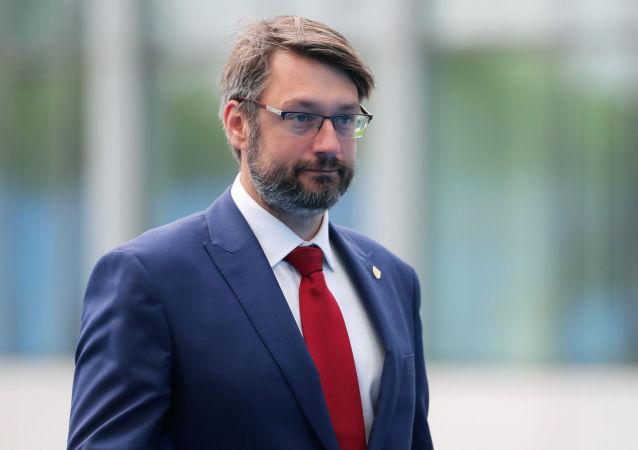 Nový velvyslanec ČR při NATO Jakub Landovský