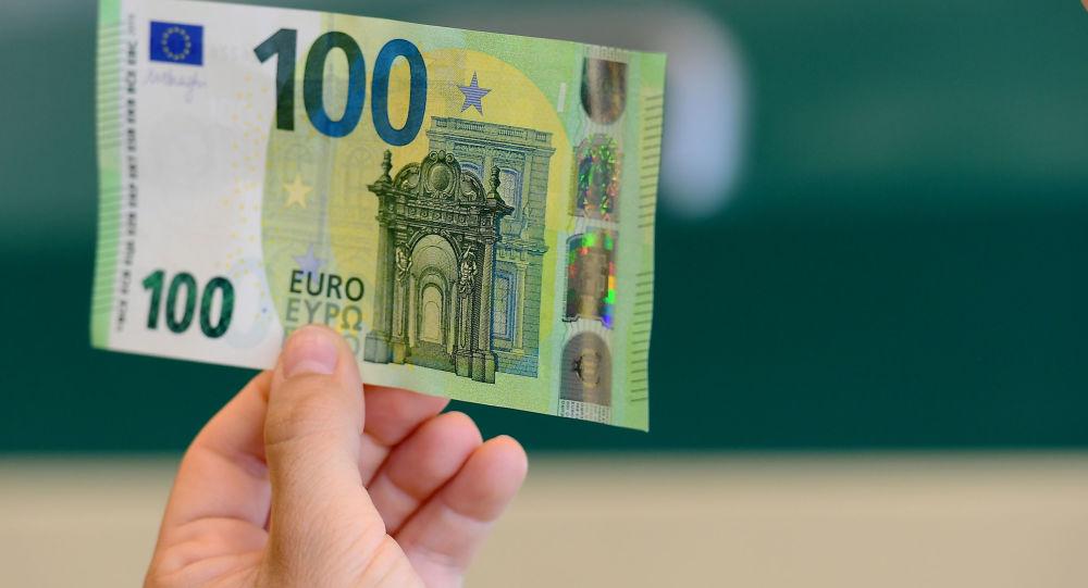 100 eur