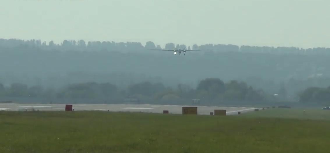 Video: Nejnovější ruský vojenský dron s téměř neomezeným  dosahem Altius-U absolvoval první let