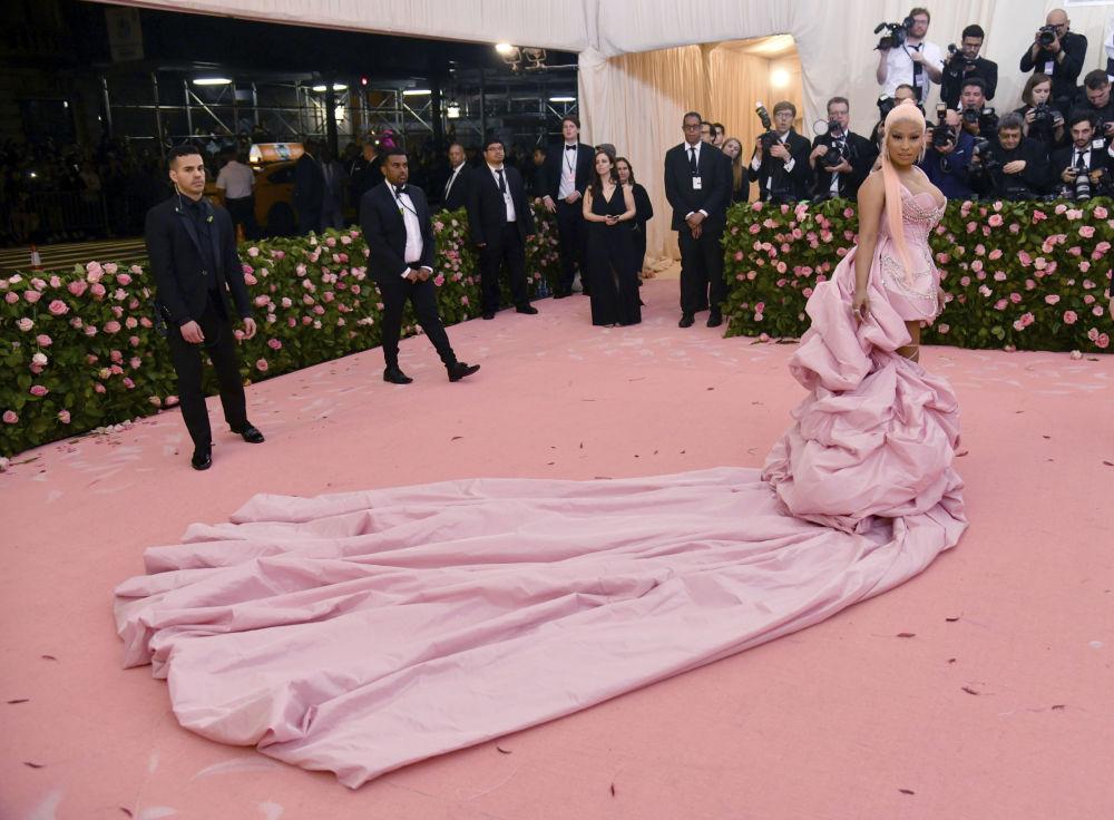 Americká zpěvačka Nicki Minaj během každoročního plesu Institutu kostýmů v Metropolitním muzeu umění.