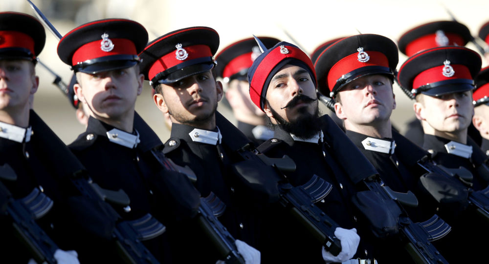 Budoucí vojáci armády Velké Británie