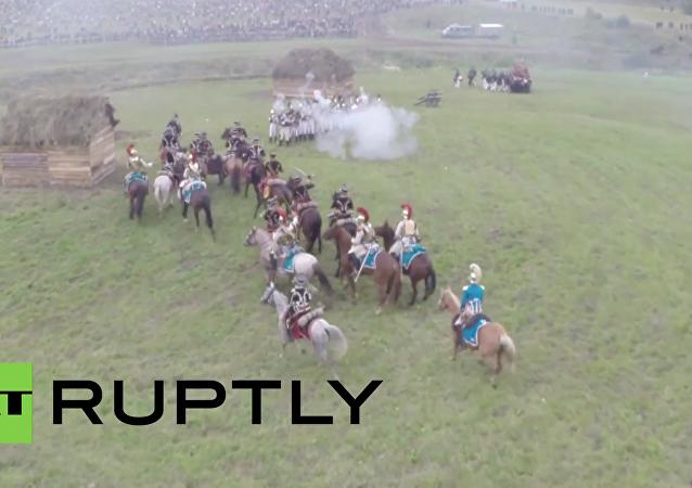 Rusko: Zajímavé záběry rekonstrukce bitvy u Borodina