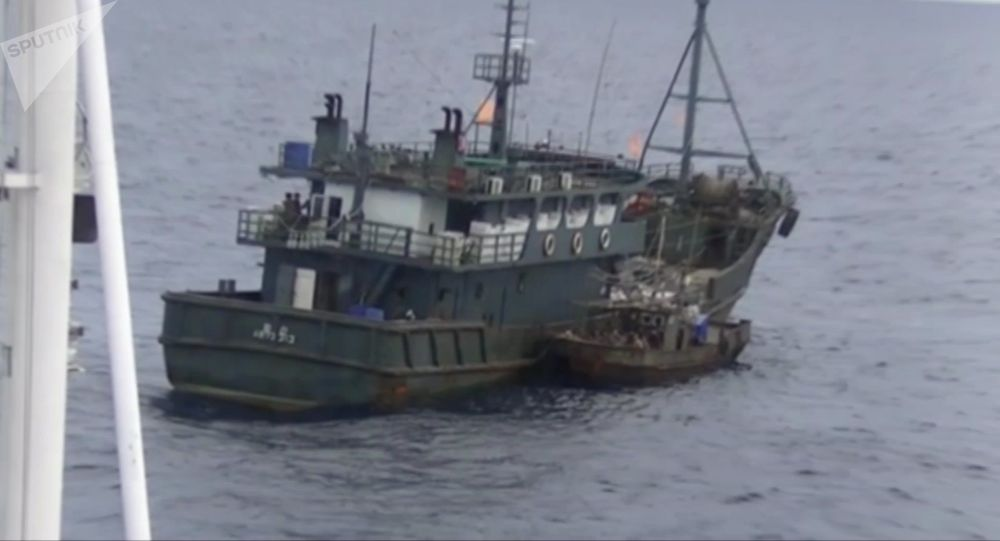 Jedna z lodí severokorejských pytláků