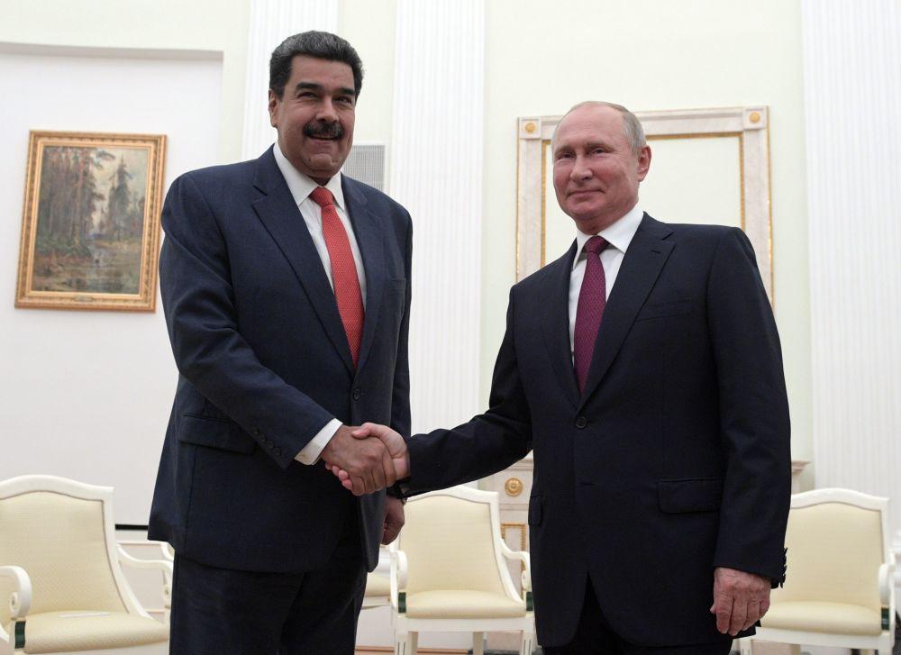 Venezuelský prezident Nicolas Maduro a ruský prezident Vladimir Putin