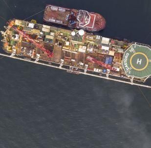 Pokládka plynovodu Nord Stream 2 v Baltském moři
