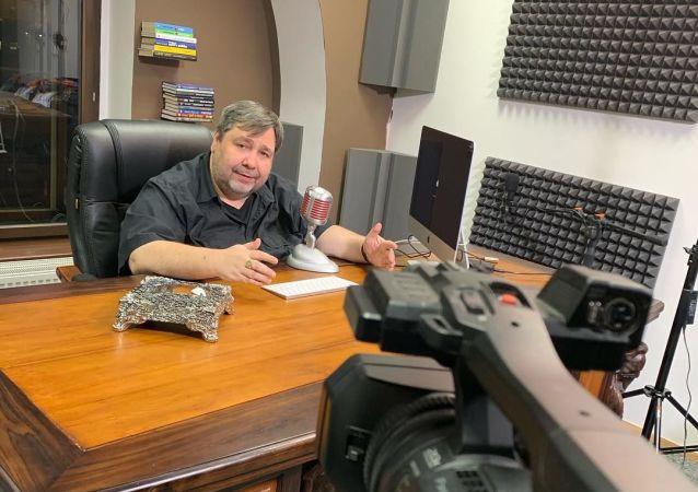 Český novinář a moderátor Lubos Xaver Veselý