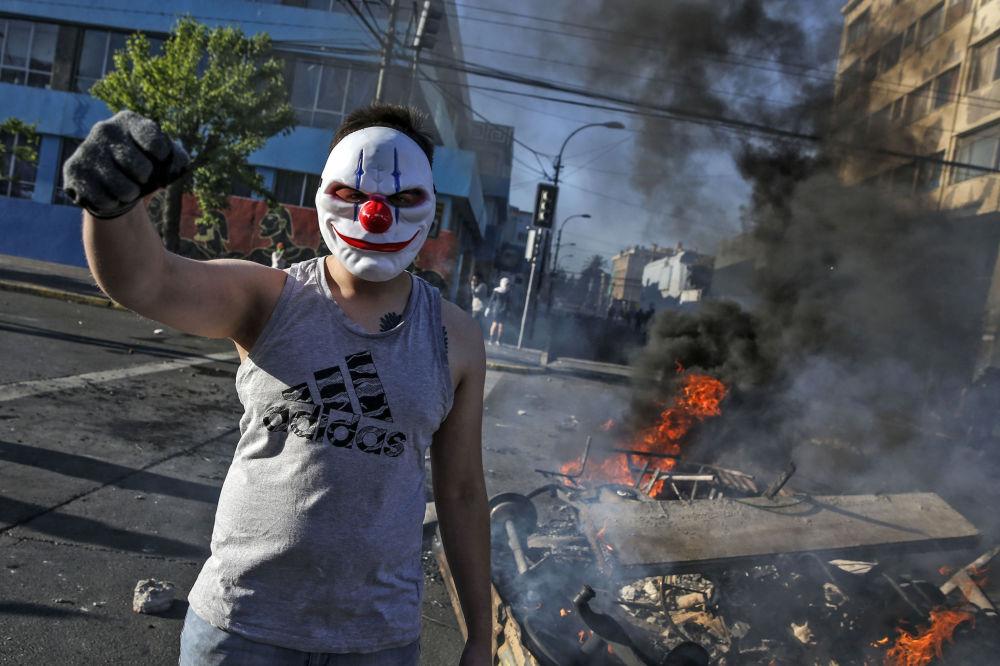 Demonstrace v hlavním městě Chile Santiagu.