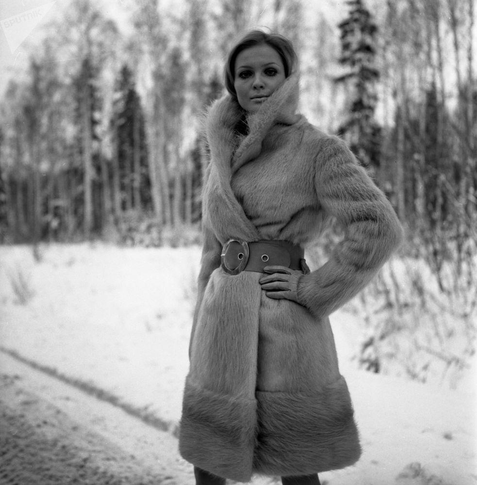 Kožich z nutrie z módní kolekce ruských kožešin z roku 1968.