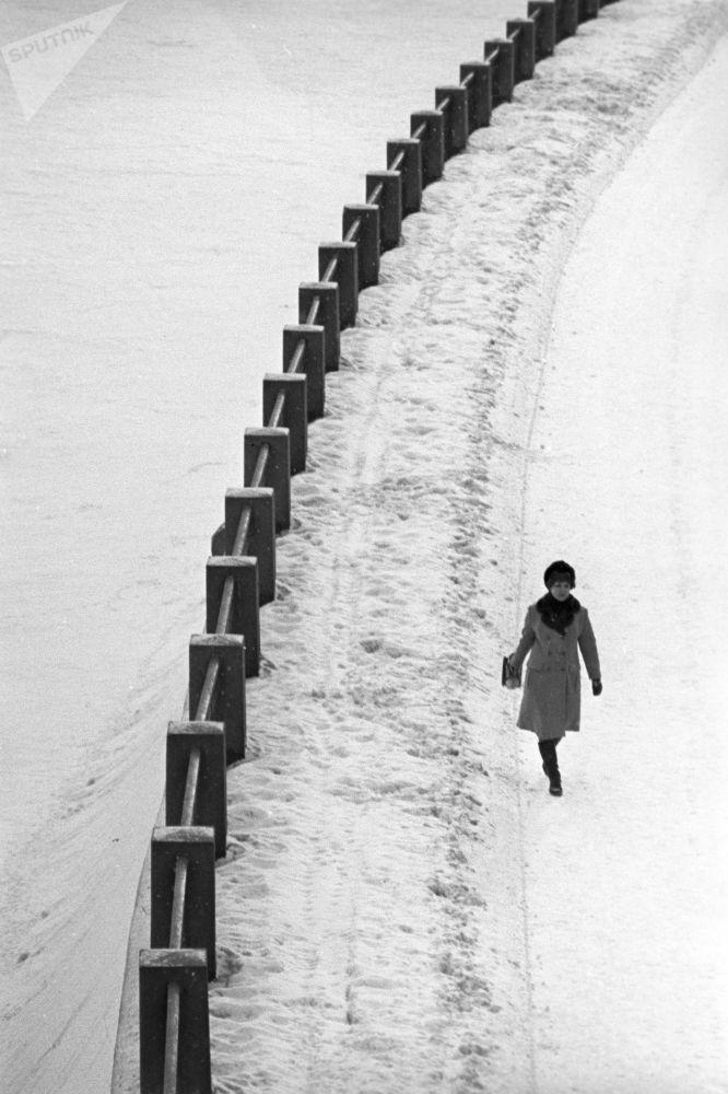 Procházka po promenádě, 1973.