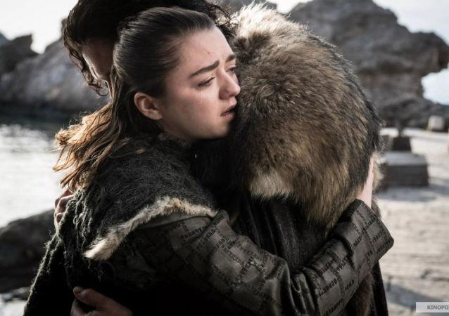 Jon Sníh a Arya Stark v seriálu Hra o trůny