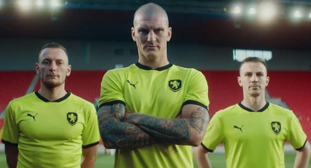 Nové dresy fotbalové reprezentace pobouřily fanoušky