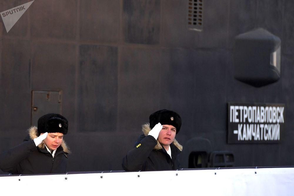 První loď je vždy slavnost. Předání ponorky Petropavlovsk-Kamčatskij