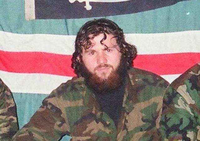 Zelimchan Changošvili v době války v Čečensku. Tuto fotografii sdílel sám na svém Facebooku. Po jeho smrti byla vymazána
