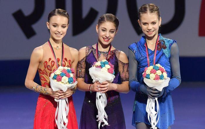 Ruské krasobruslařky obsadily celé pódium ve finále Grand Prix. Anna Ščerbakovová, Alena Kostornaia, Alexandra Trusovová