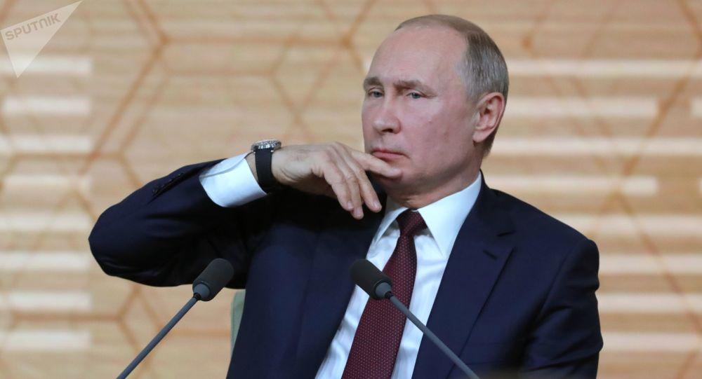 Ruský prezident Vladimir Putin na každoroční velké tiskové konferenci (19. 12. 2019)