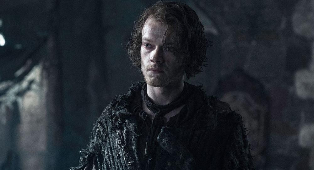 Alfie Allen ztvárňující postavu Theona Greyjoye v seriálu Hry o trůny