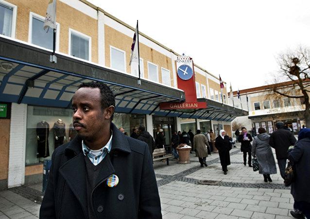 Rinkeby, předměstí Stockholmu většinou obývané převážně migranty