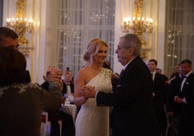 5. Reprezentační ples Miloše Zemana