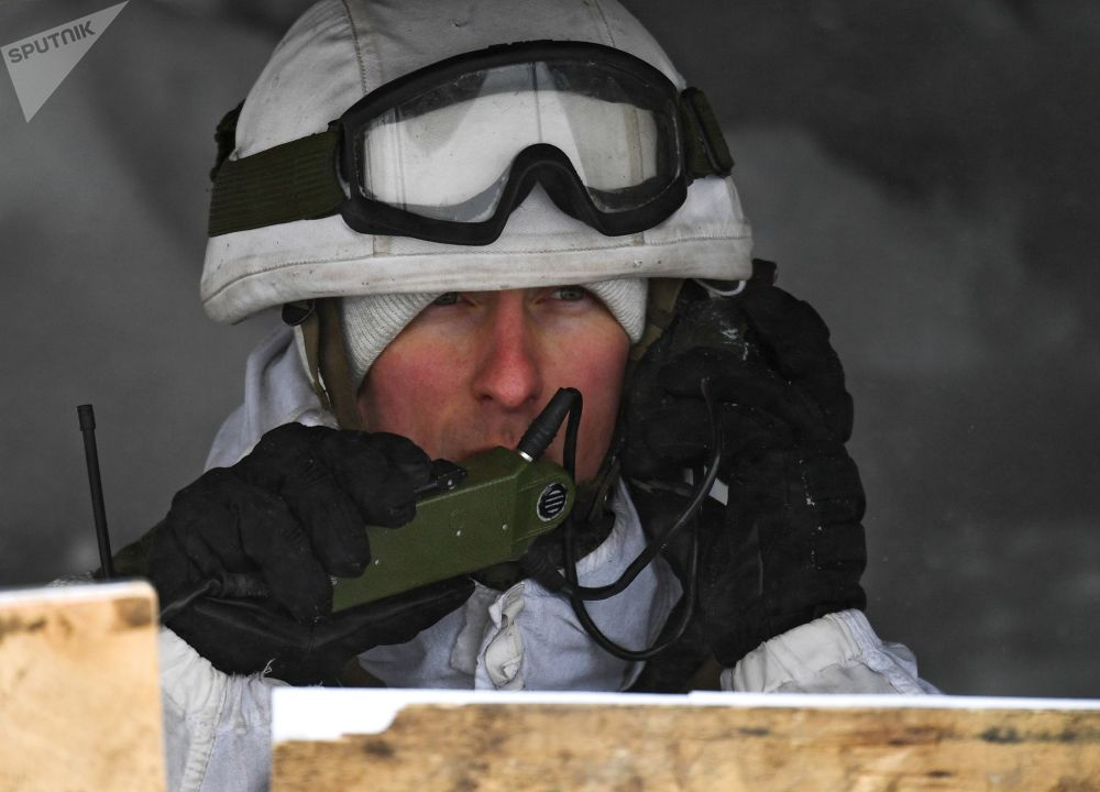 Vojáci motorizovaných jednotek na lyžařském výcviku v Kemerovské oblasti