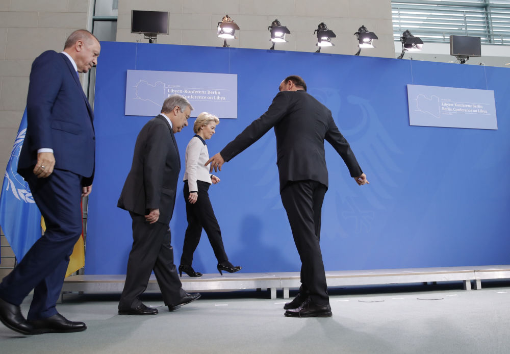 Recep Tayyip Erdogan, António Guterres a Ursula von der Leyenová na mezinárodní konferenci v Berlíně