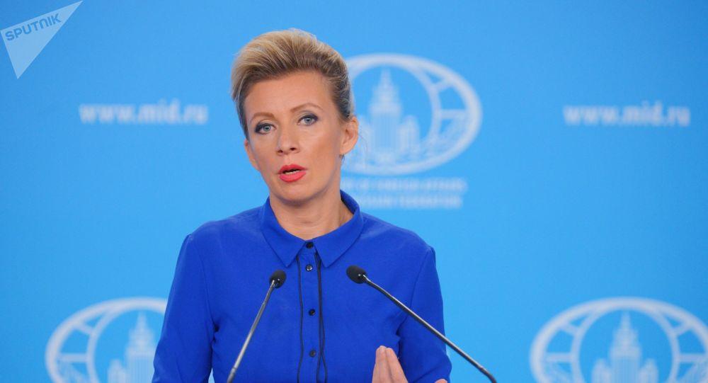 Mluvčí ruské diplomacie promluvila o zločinecké válce proti pomníkům v Evropě