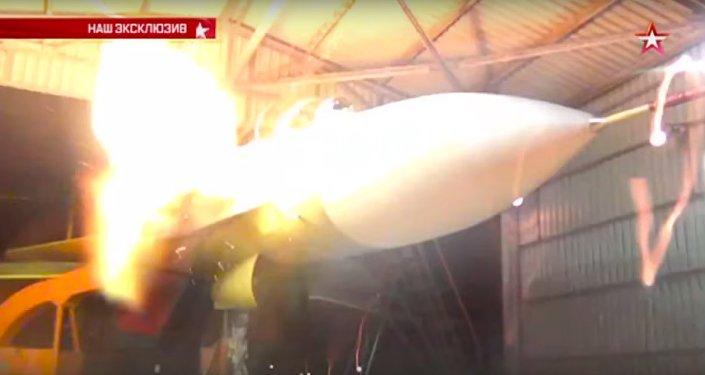 Zkouška kanónu stíhačky Su-30SM