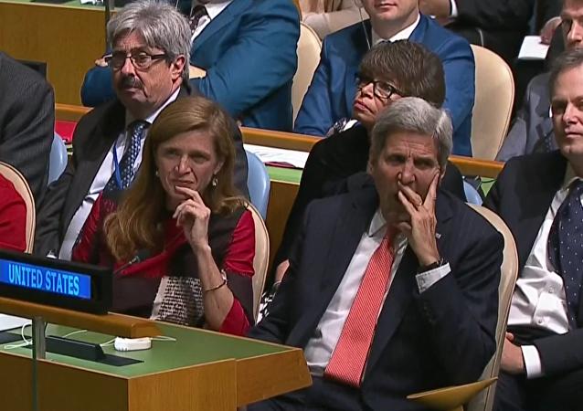 Uživatele sociálních sítí znudil Obamův projev na VS OSN stejně, jako Kerryho