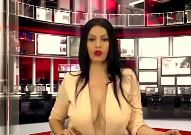 Krásné oči! Albánská moderátorka okouzlila diváky