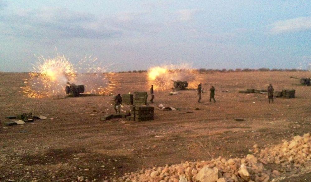 Ostřelování teroristů syrskými Grady