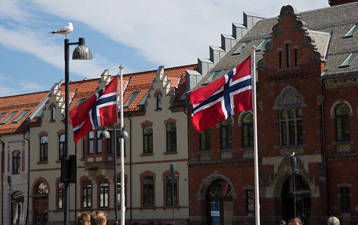 norske jenter po press i underlivet