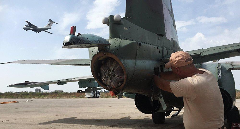 Ruské letectvo na základně Hmeimim v Sýrii