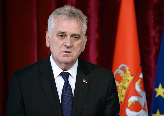 Serbian President Tomislav Nikolic gives a press conference after a meeting with French President Francois Hollande at the Elysee palace in Paris on May 22, 2014.