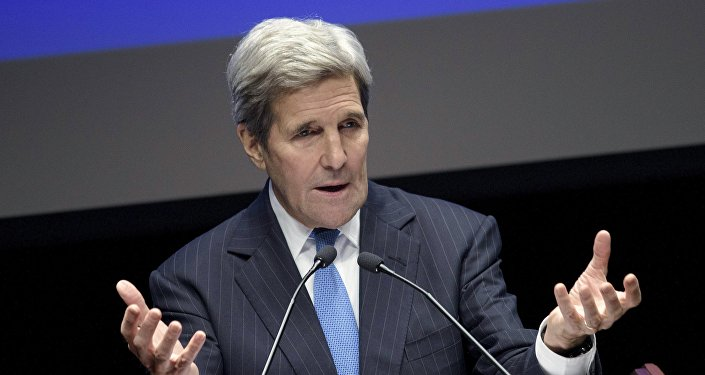 John Kerry v Astaně