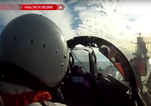 První zkoušky nejnovějších stíhaček MiG-29K