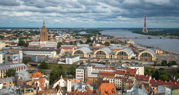 Lotyšsko, pohled na Rigu