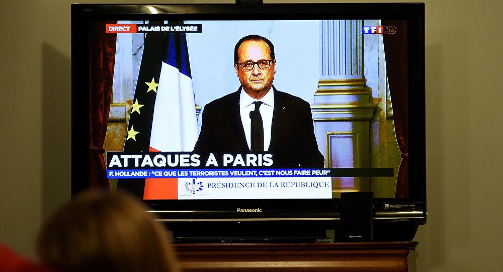 Francois Hollande promluvil v televizi po útocích v Paříži